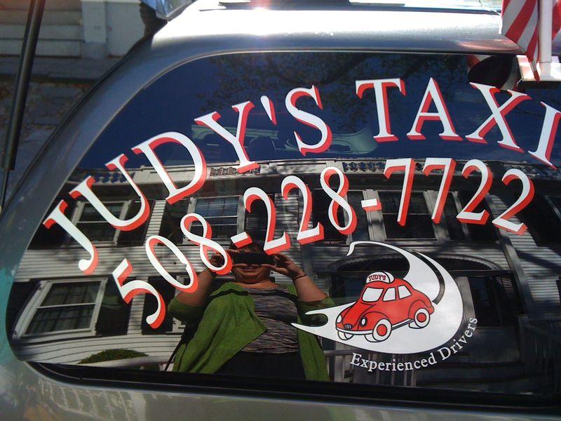 Judys taxi