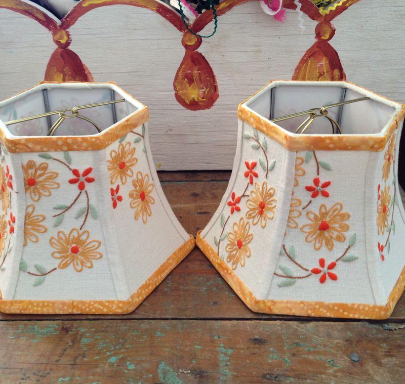 Embroidey daisy shades